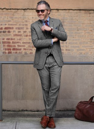 Light Weight Dark Gray Tweed Suit
